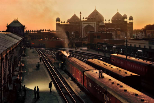 Agra Fort Train Station, Uttar Pradesh, India, 1983 © Steve McCurry